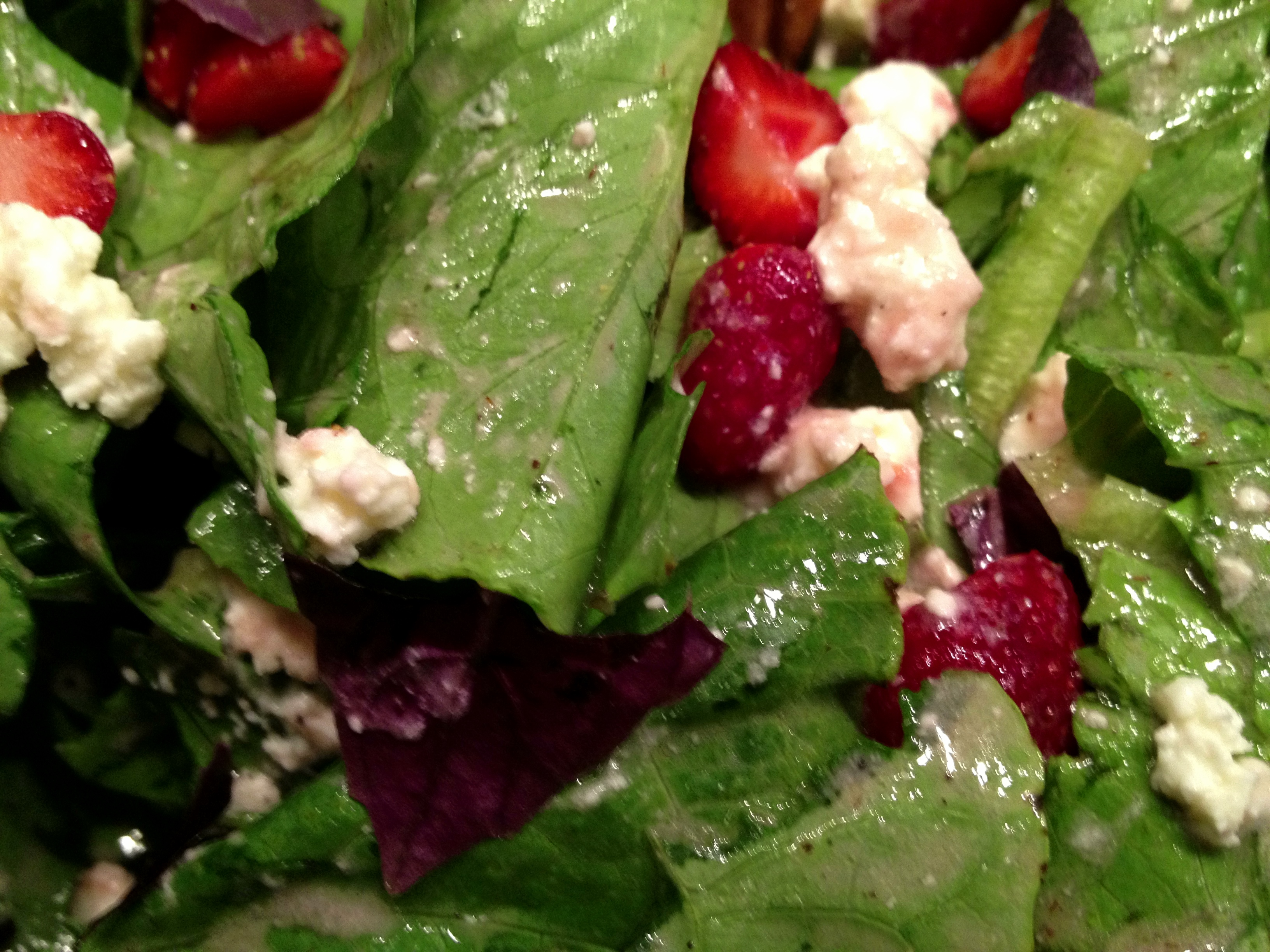 EAT THIS: Strawberry Feta Salad | the drunken fig